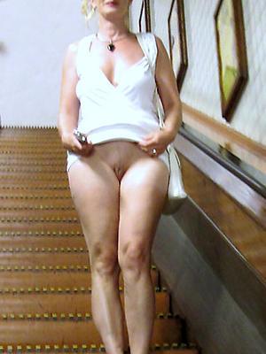 fantastic mature sexy legs