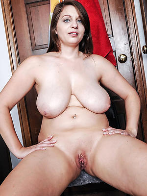 gorgeous horny milf porn images