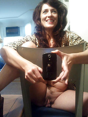 gorgeous in the buff mature homemade selfie