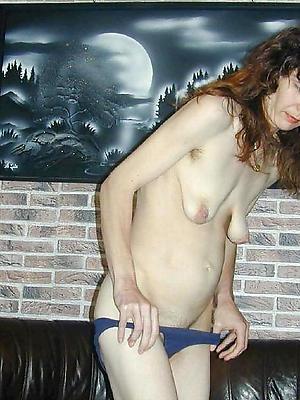 mature saggy titty pics