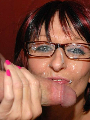 hotties mature women in glasses unadorned