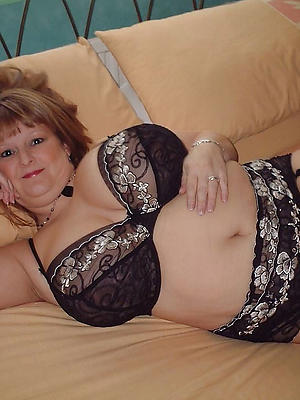gorgeous mature wife in lingerie