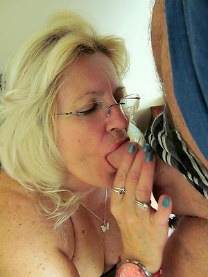 porn pics of adult women blowjobs