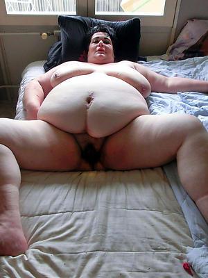 chubby mature nudes pics