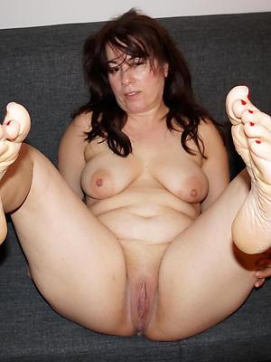 dispirited adult legs feet pics