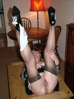 grown up open legs homemade porn