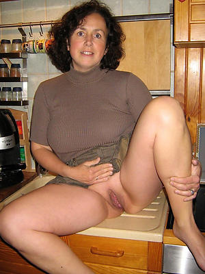 mature moms photos