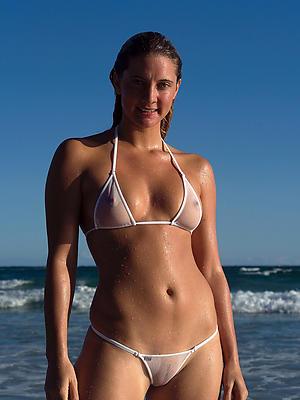 amateur full-grown bikini exalt porn