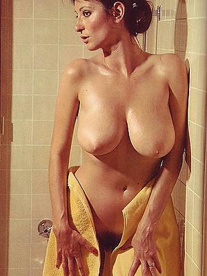 unorthodox pics of vintage mature tits