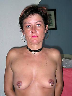 mature women surrounding big nipples