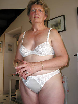 mature pussy over 60 stripped