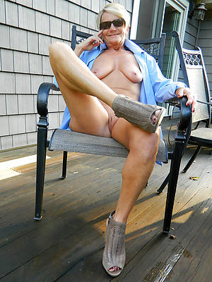 nude mature pussy over 60 bare