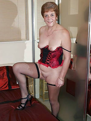 beautiful mature over 60 naked photo