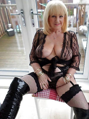 super-sexy mature over 60 stripped pictures