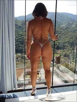 awe-inspiring mature pussy in panties nude pics