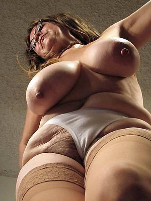 sexy old mature women in the altogether