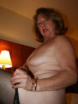 gorgeous mature ladies 60 homemade porn