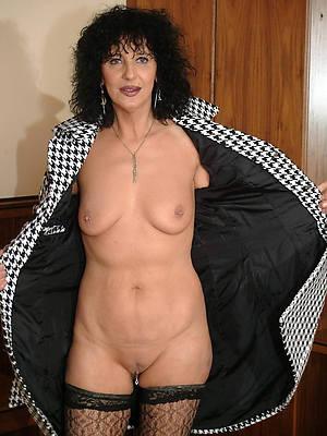 xxx characterless mature body of men nude pics