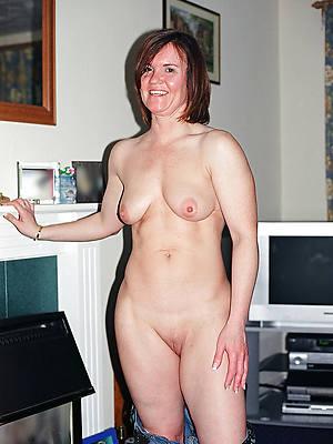 hotties white mature women photos