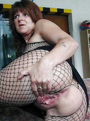 beautiful horny mature main nude pics