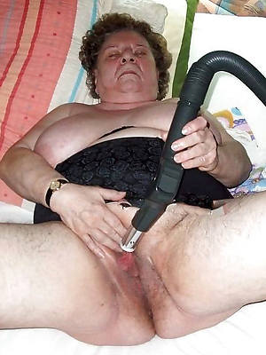 sexy old mature women stripped