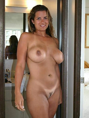 comely mature ex day pics