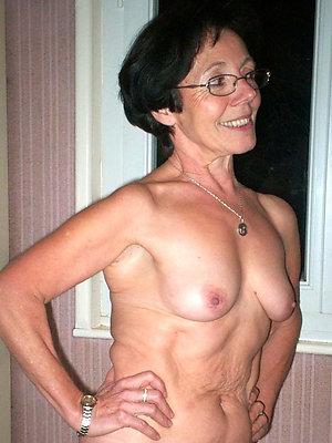 super-sexy mature women in glasses