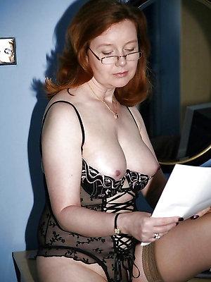 slutty mature in glasses sex pics