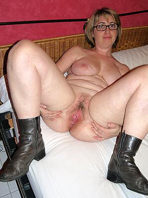 lovely women yon glasses sex pics