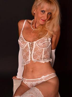 sexy hot mature old ladies
