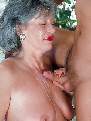 xxx mature handjob porn