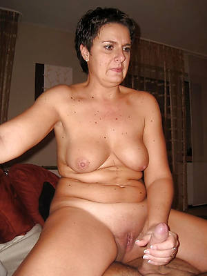 super-sexy mature women handjobs