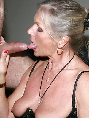 perfect full-grown milf handjob pics
