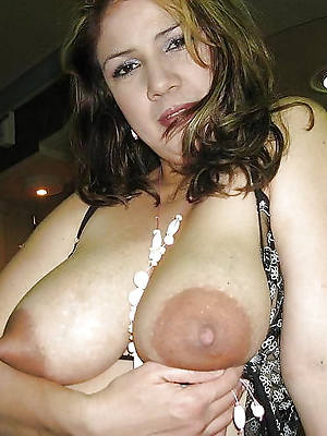 perfect mature nipple pictures