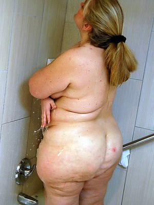 xxx free busty matured shower porn injection