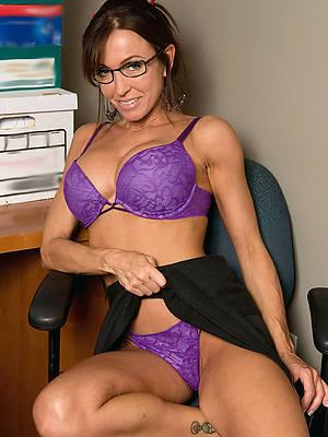 gorgeous maturity model undressed pics