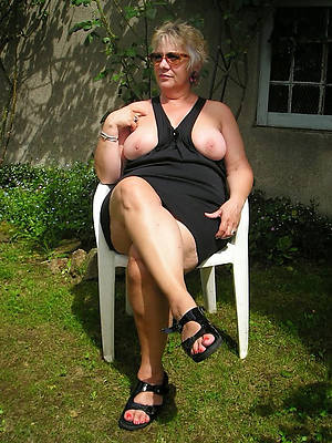 hotties 50 plus mature unveil photo