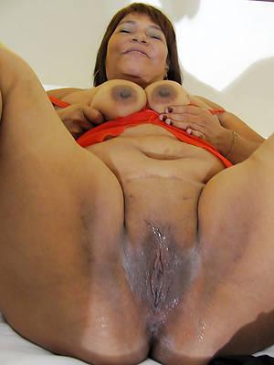 xxx free nude mature latinas images