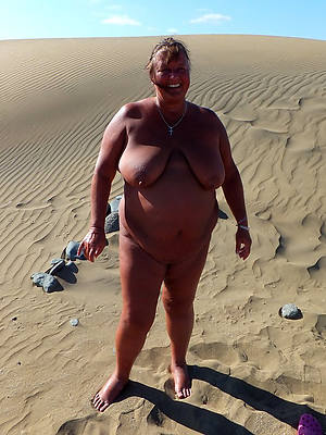 wonderful chubby mature pussy nude pictures