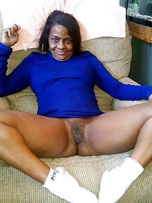 porn pics of mature funereal women