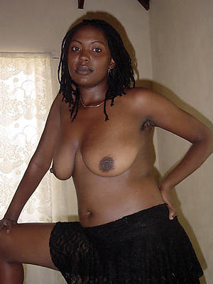 mature black women posing nude