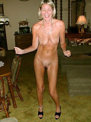 mature legs unshod photos