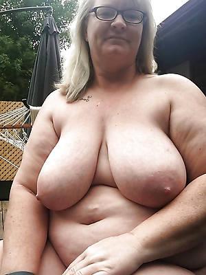 easy pics of chubbiness tits