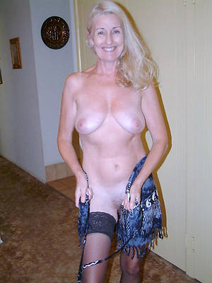 porn pics of white mature pussy