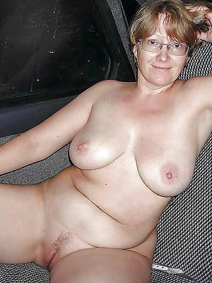 slutty white mature pussy galleries
