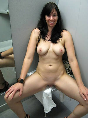 xxx white grown up pussy pictures