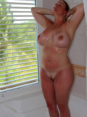 busty mature shower free porn