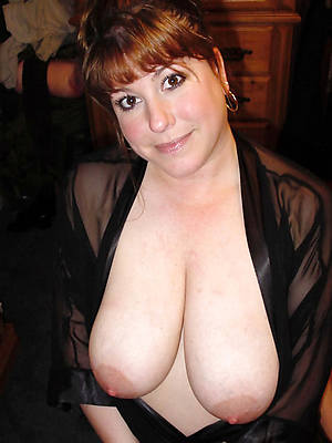 xxx free massive mature tits nude pics