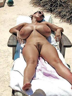 big matural tits porn pictures