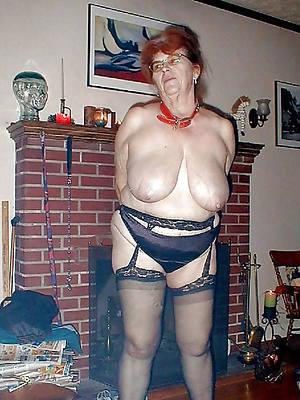 hot erotic grandma posing nude